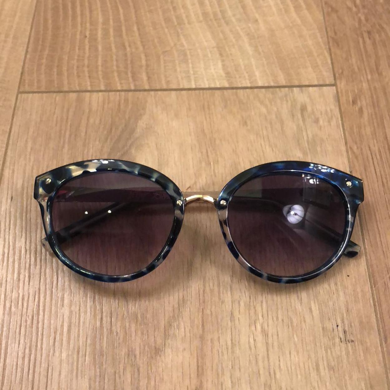 Betsey Johnson Gözlük