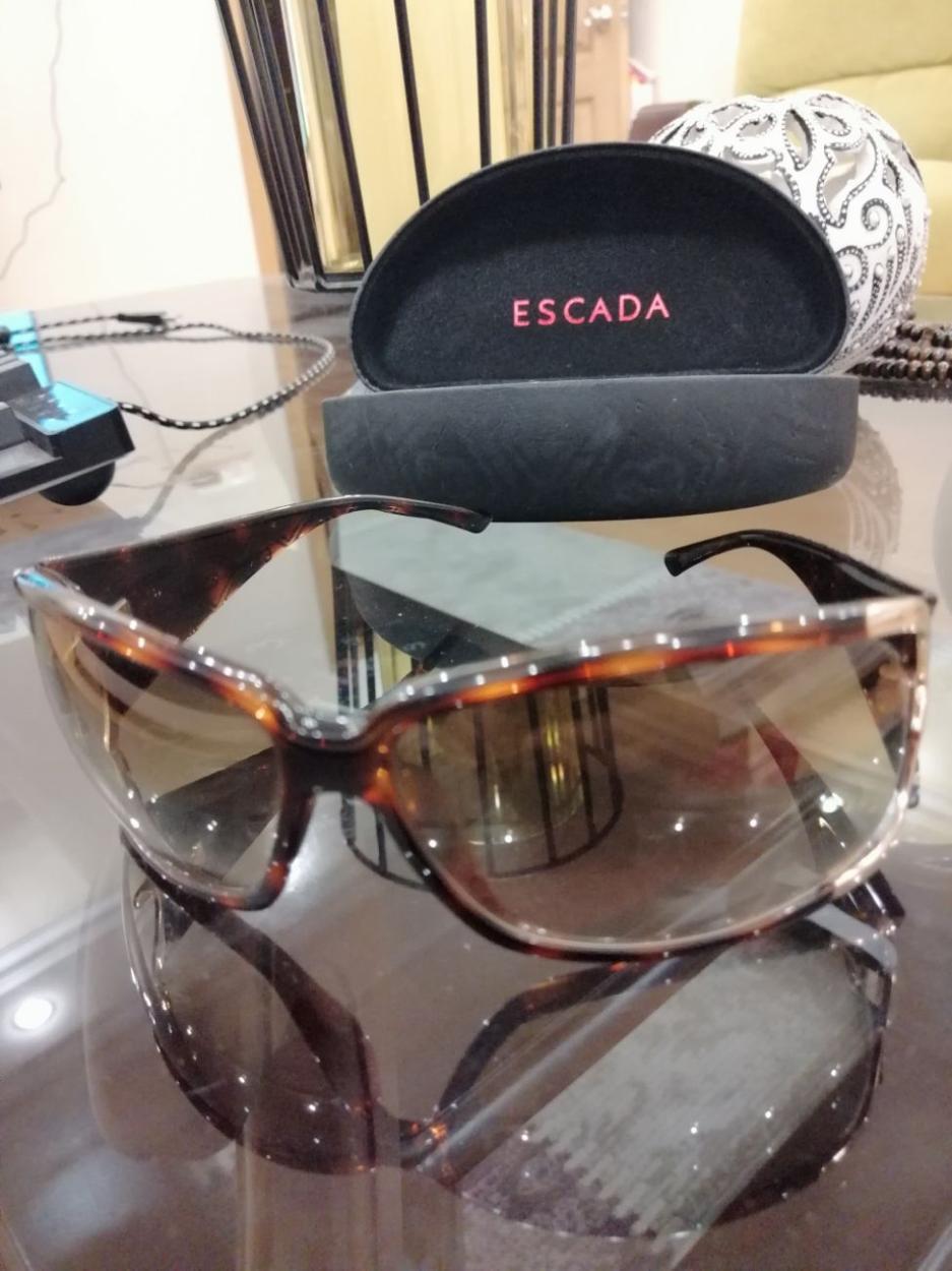 Escada Gözlük