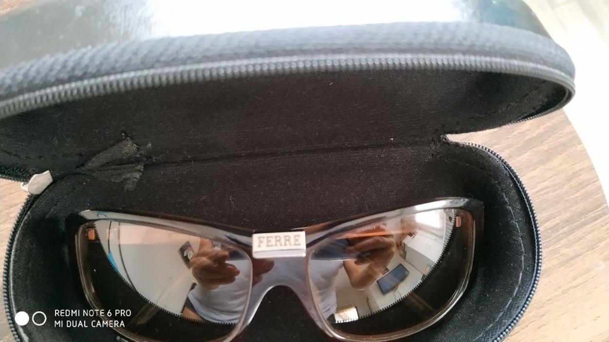 Ferre Gözlük