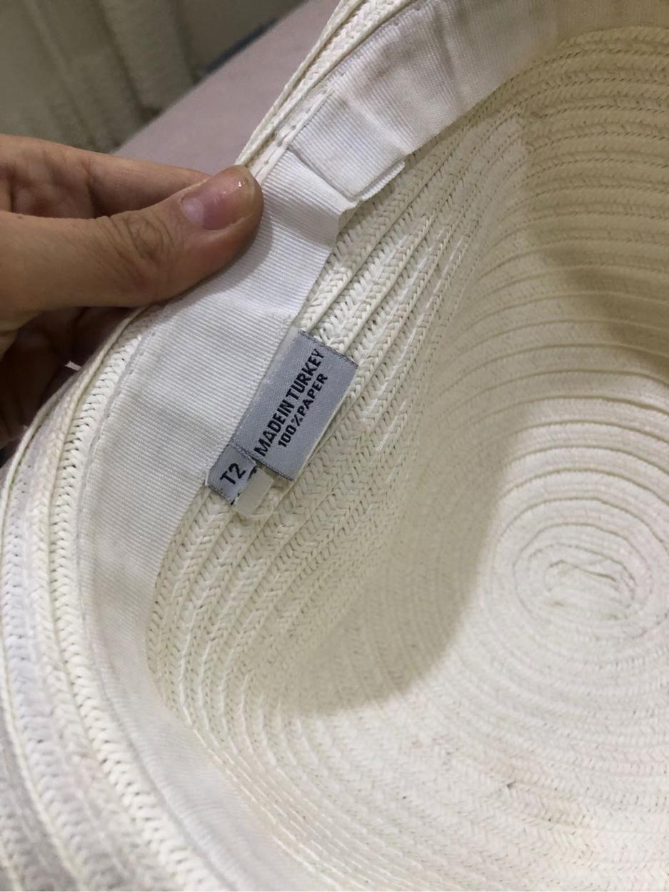 Beyaz Butik Şapka