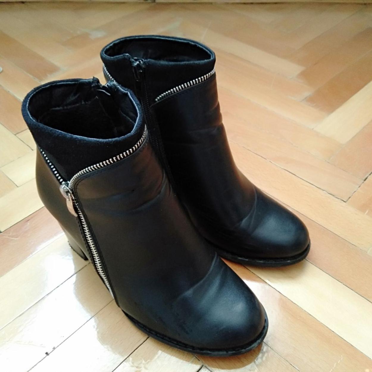 Flo Ayakkabı Bot
