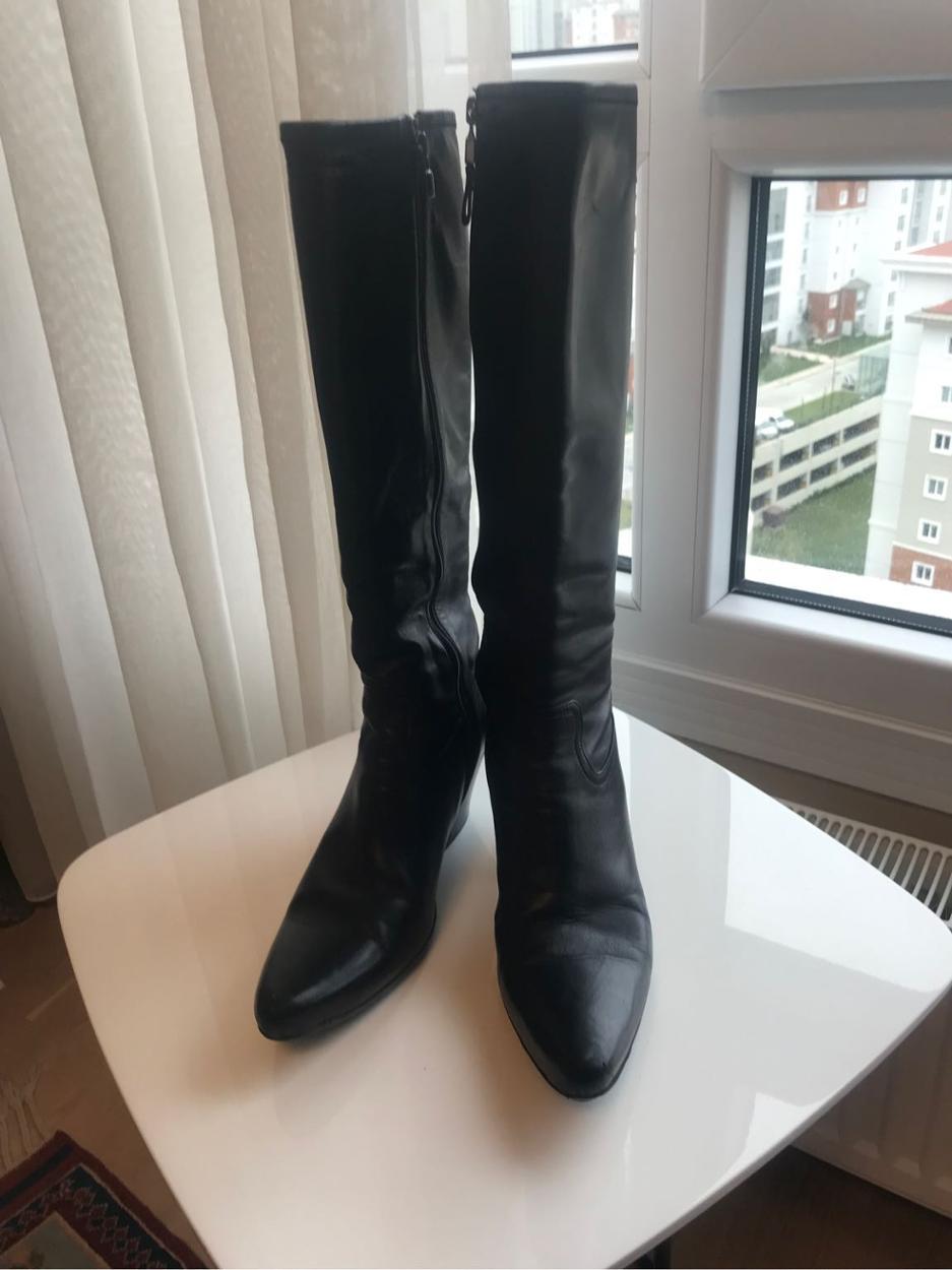 Prada Çizme