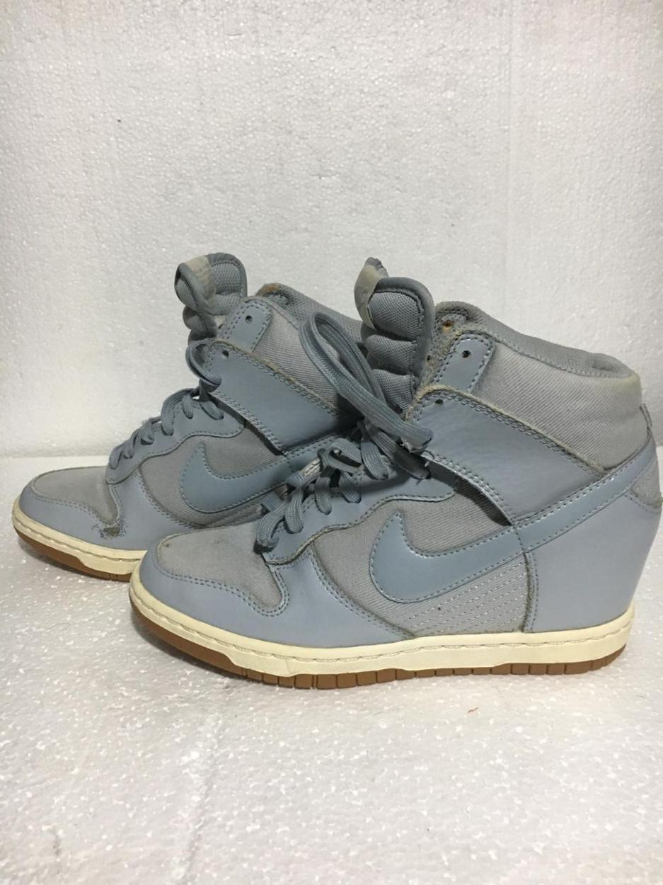 Nike Dolgu topuklu