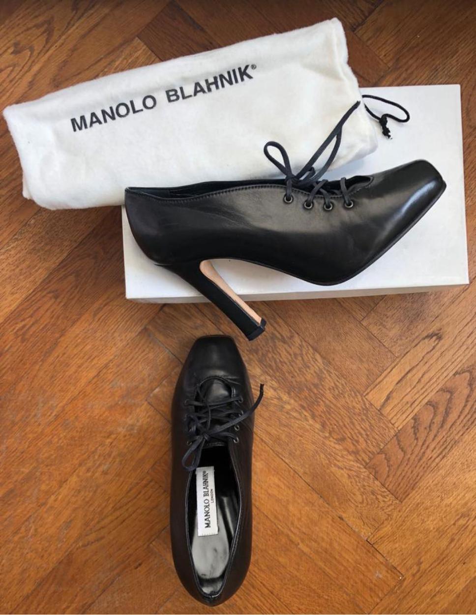 Manolo Blahnik Kalın topuklu
