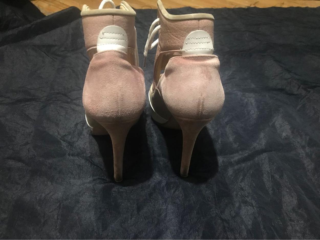 Acne Sandalet
