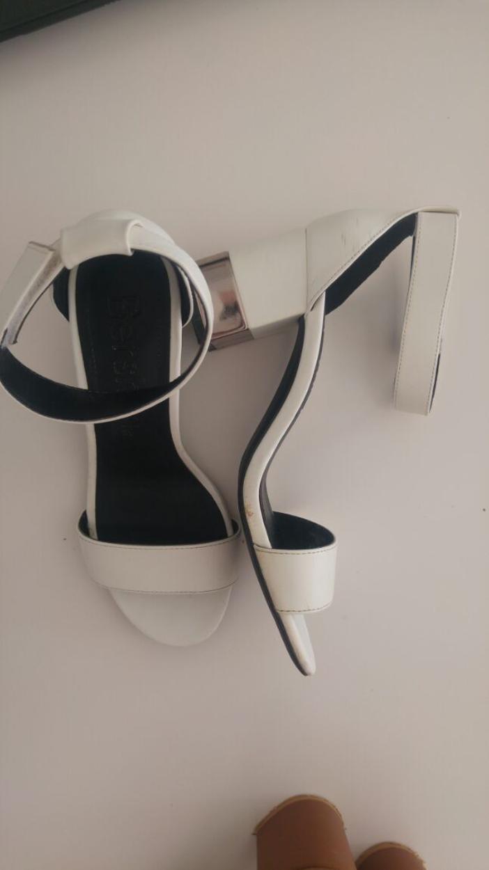 Bershka Sandalet