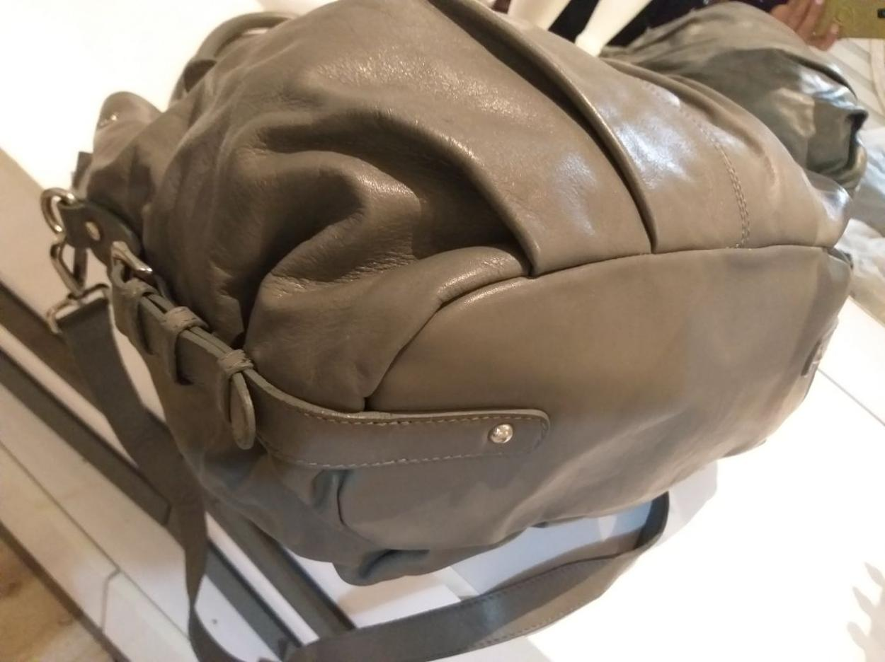 Beta Askılı çanta