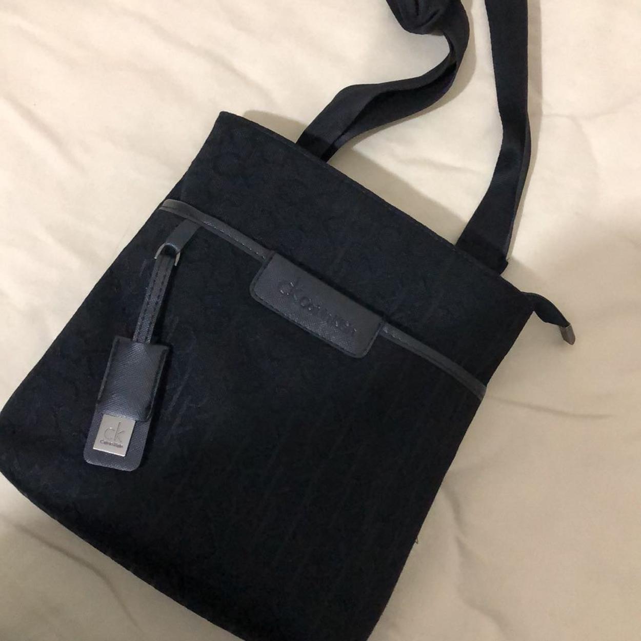 Calvin Klein Askılı çanta