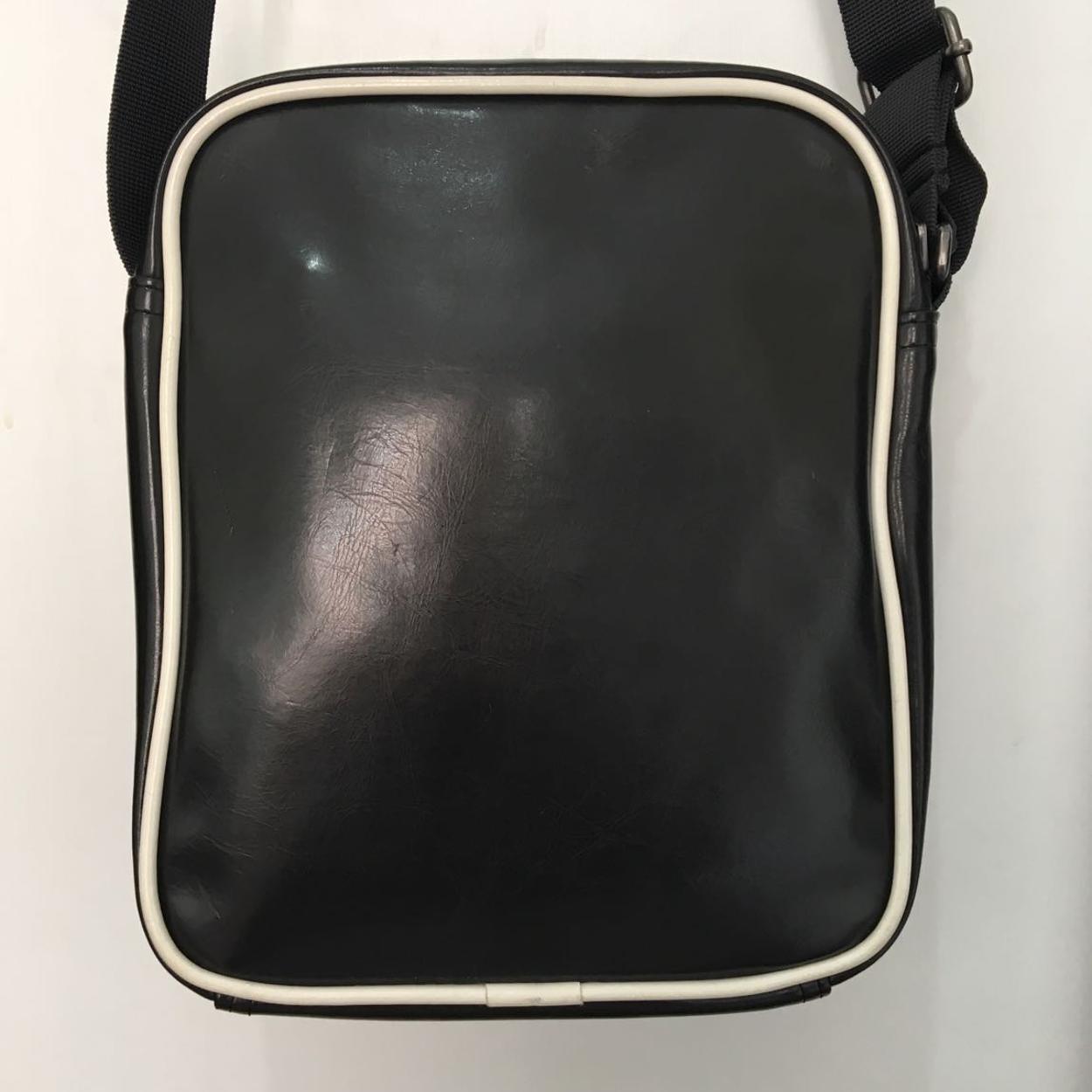 Converse Askılı çanta