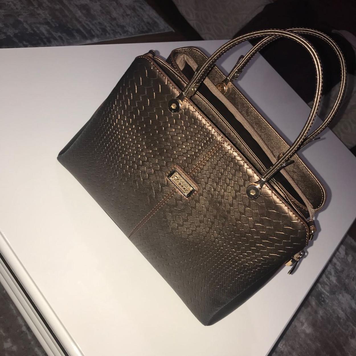 Elena Ghisellini Askılı çanta