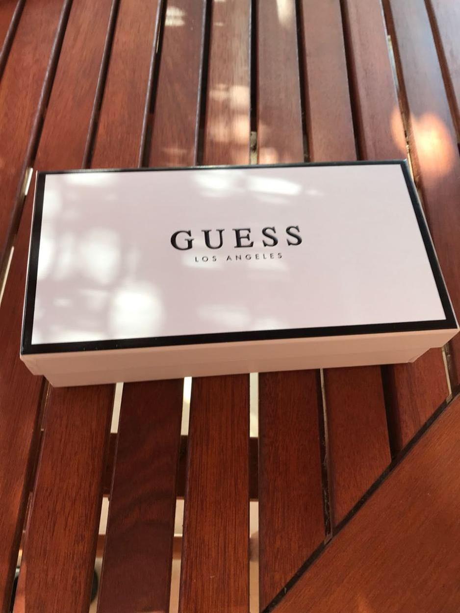 Guess Cüzdan