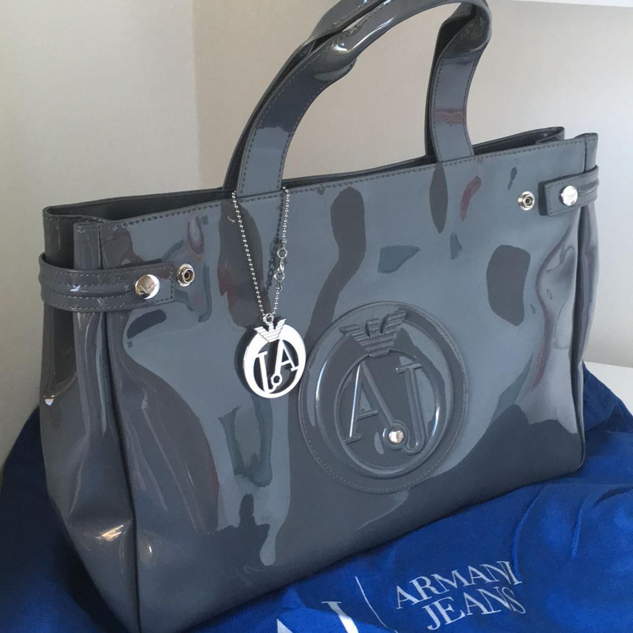 Armani Kol çantası