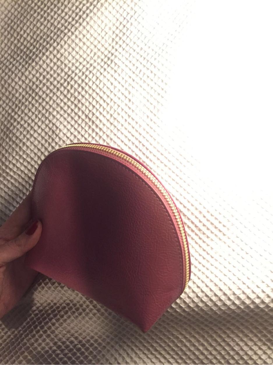 H&M Makyaj çantası