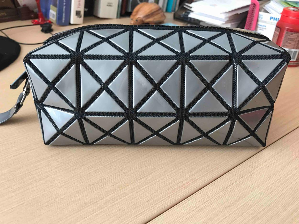 Issey Miyake Makyaj çantası