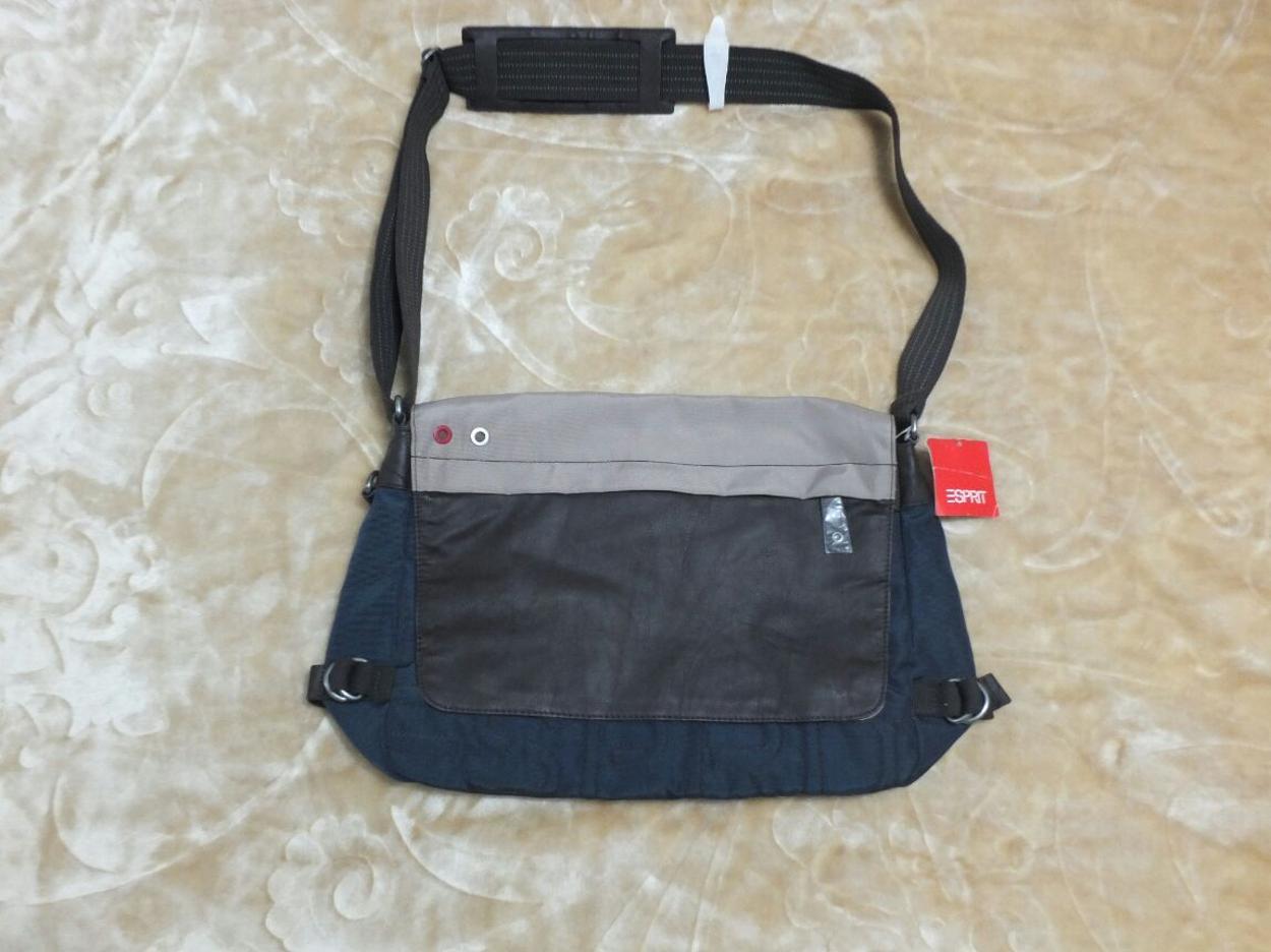 Esprit Seyahat çantası