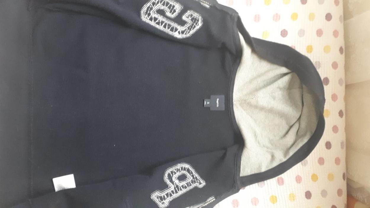 Gap Kazak & Sweatshirt