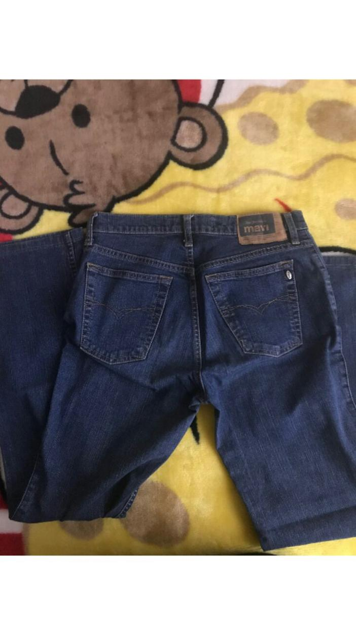 Mavi Jean