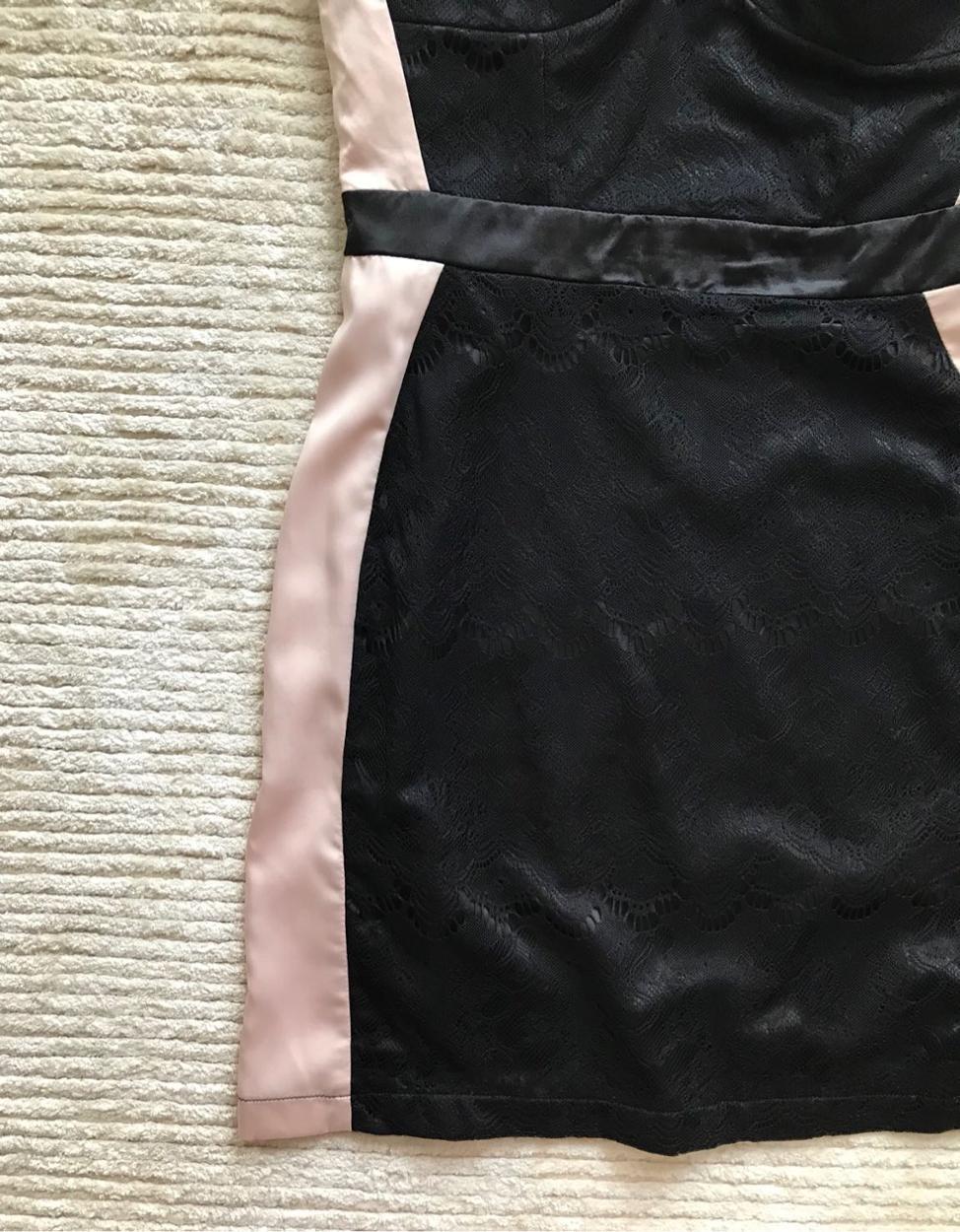 Lipsy Kısa elbise