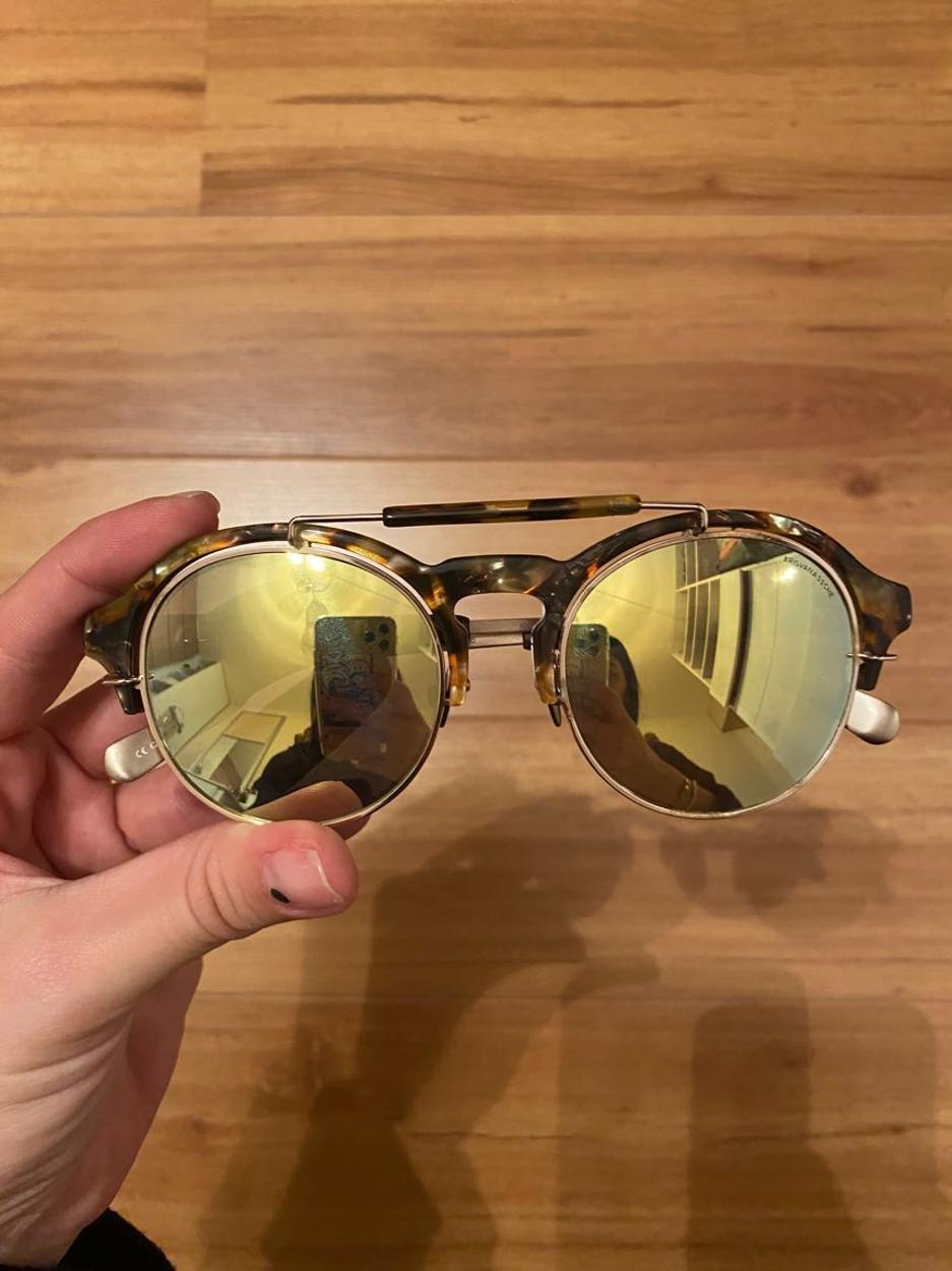 Linda Farrow Gözlük