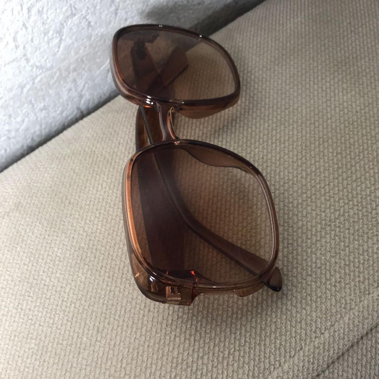 Zara Gözlük
