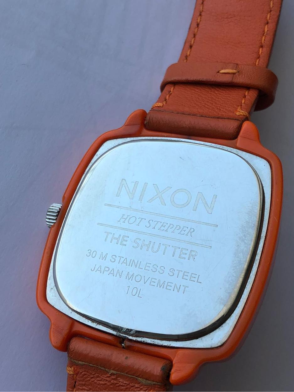 Nixon Saat